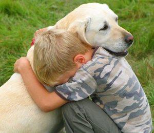 nino-ama-perro
